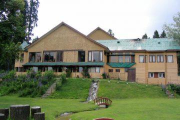 Pine Palace Resort
